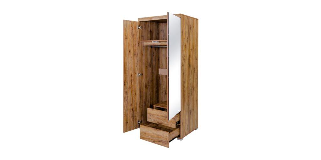 Lemari kayu